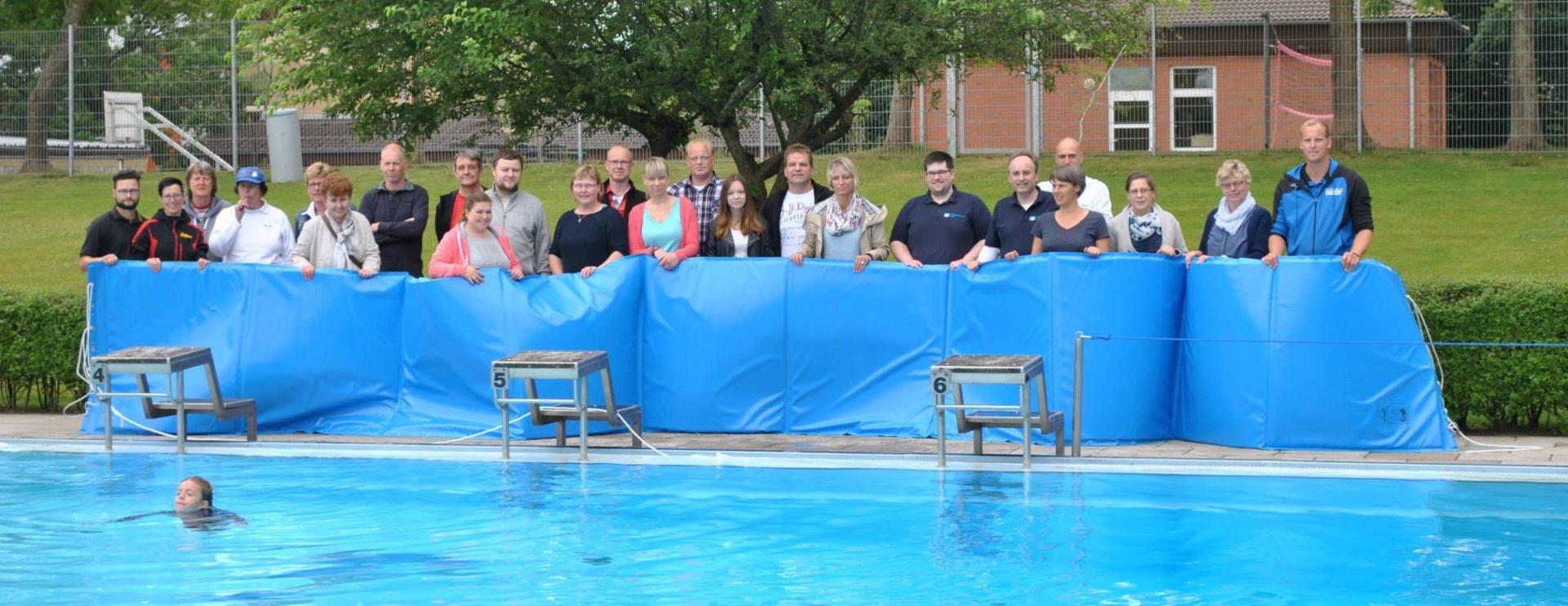 Riesen-Rutschmatte für das Hennstedter Schwimmbad